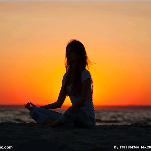 梦醉荷塘原唱是高安/云菲菲,由依翻唱(播放:64)