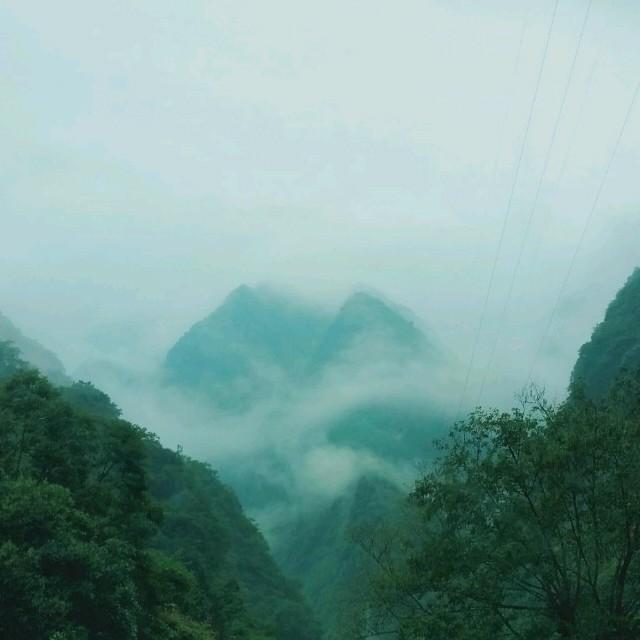 当爱在靠近原唱是刘若英,由知足常乐翻唱(播放:31)