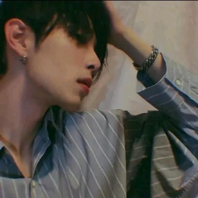微信爱由L相遇ᔉ演唱(原唱:陈美惠)