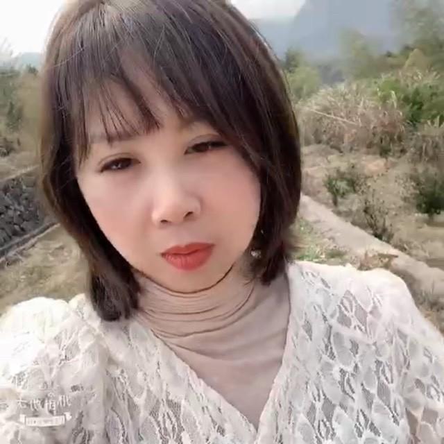 军港之夜(Live)(热度:38)由小妖精翻唱,原唱歌手苏小明