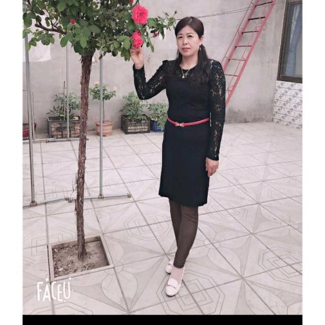 最远的你是我最近的爱(热度:30)由华姐翻唱,原唱歌手花姐