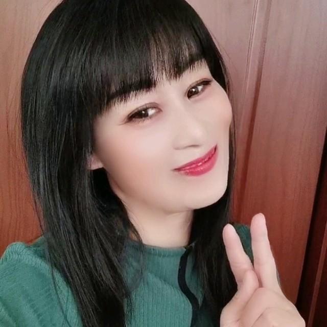 孟婆的碗(热度:52)由冬梅傲雪翻唱,原唱歌手魏佳艺