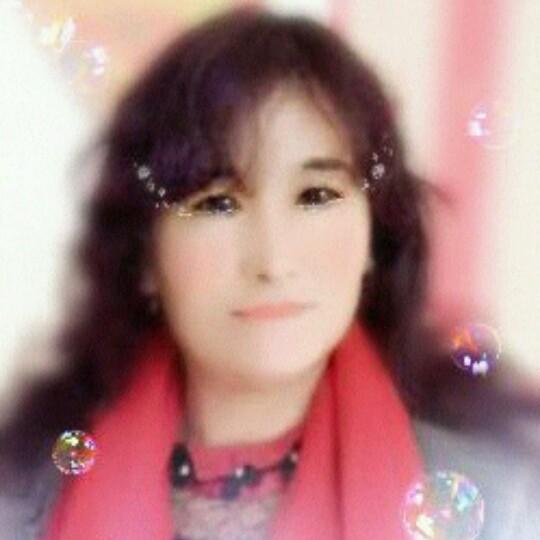 我和草原有个约定原唱是降央卓玛,由一生幸福翻唱(播放:23)
