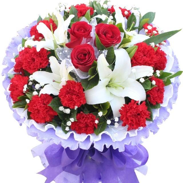 小小新娘花原唱是云菲菲,由红玫瑰翻唱(播放:36)