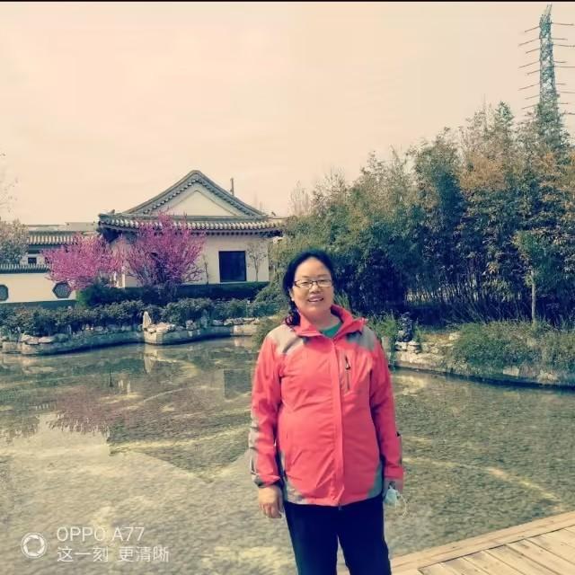 紫色烟花(热度:23)由王秀荣翻唱,原唱歌手徐一鸣