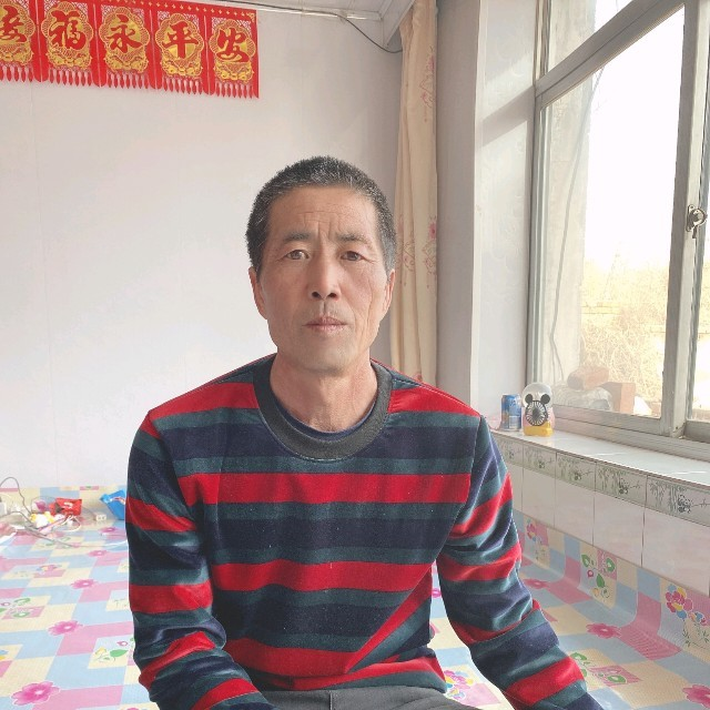 挡不住的思念(热度:32)由随心翻唱,原唱歌手古银州浩浩