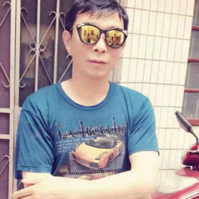 年轻的朋友来相会原唱是丁晓红,由王金才13626218139翻唱(播放:24)