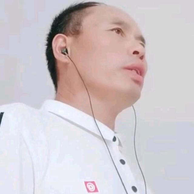 虫儿飞(热度:11)由守望幸福翻唱,原唱歌手屯门儿童合唱团