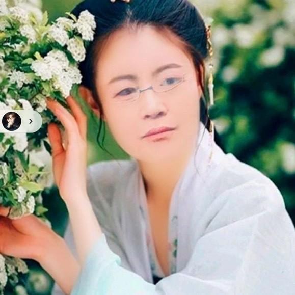 我心永恒(热度:83)由弘韵甜妞翻唱,原唱歌手童丽